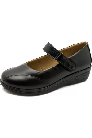 819ad7ee81 Sapatos Doctor Shoes de mulher anabela