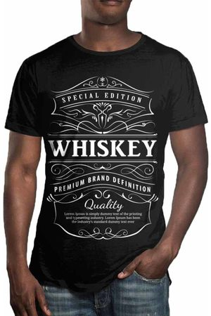 Over Fame Camiseta Estampada Whiskey Preta
