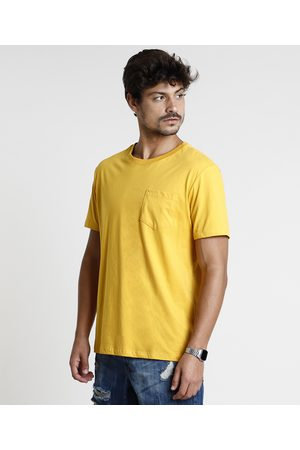 Basics Camiseta Masculina Básica Com Bolso Manga Curta Gola Careca Mostarda