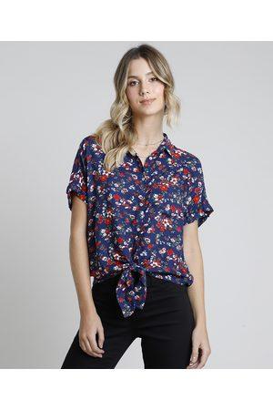 Clockhouse Mulher Camisa Manga Curta - Camisa Feminina Estampada Floral com Bolso e Nó Manga Curta Azul Marinho