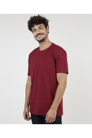 Basics Camiseta Masculina com Bolso Manga Curta Gola Careca