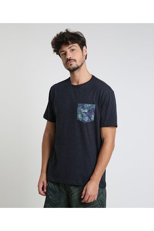 Clockhouse Camiseta Masculina com Bolso Estampado de Folhagem Manga Curta Gola Careca