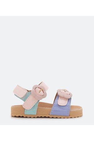 Póim (1 a 5 anos) Sandália Infantil com Detalhes Candy Color - Tam 20 ao 27       25