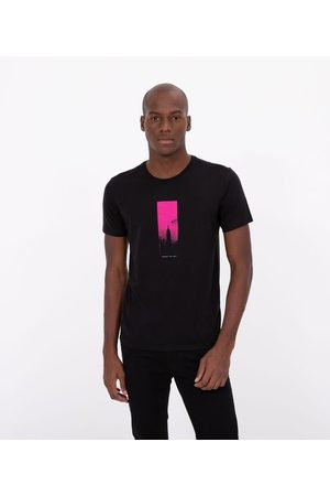 Request Camiseta Manga Curta Estampa Cidade     Preto   M