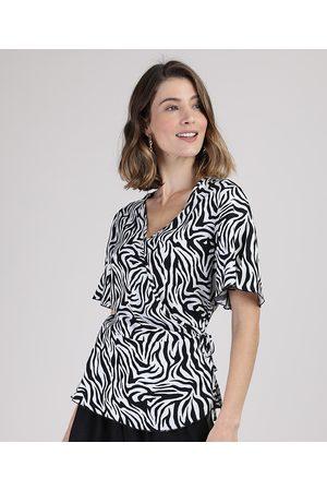 YESSICA Blusa Feminina Transpassada Estampada Animal Print Zebra Manga Curta Decote V Off White