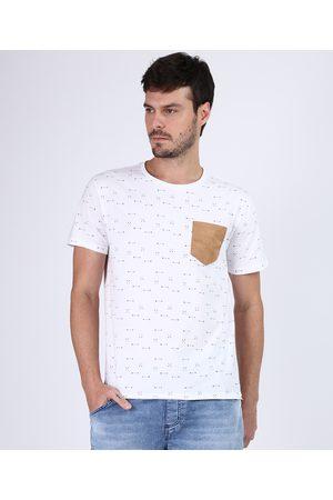 Clockhouse Camiseta Masculina Estampada de Flechas com Bolso Manga Curta Gola Careca Branca