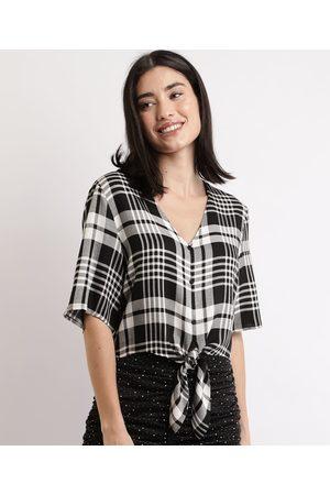 Clockhouse Mulher Camisa Manga Curta - Camisa Feminina Cropped Estampada Xadrez com Nó Manga Curta Preta