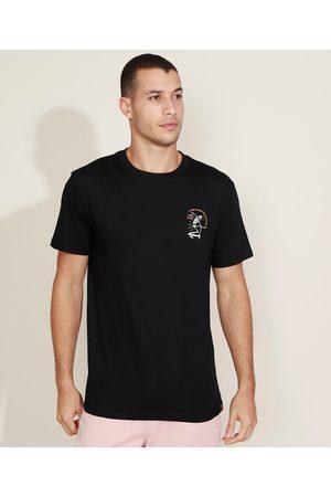Suncoast Camiseta Masculina Caveira no Skate Manga Curta Gola Careca Preta