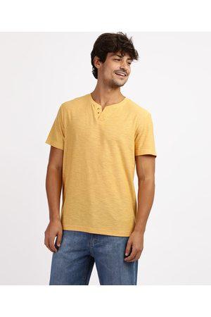 Basics Camiseta Masculina Básica Flamê Manga Curta Gola Portuguesa Amarela