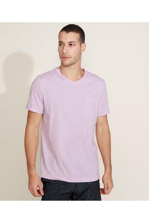 Basics Camiseta Masculina Básica com Bolso Gola Careca Gola V Claro
