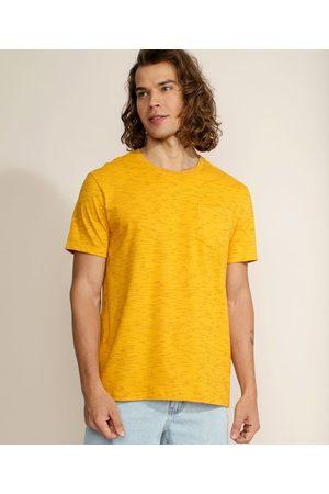 Basics Homem Manga Curta - Camiseta Masculina Básica com Bolso Manga Curta Gola Careca Mostarda