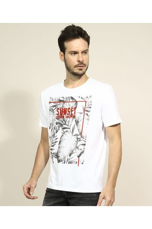"Clockhouse Camiseta Masculina Folhagens Sunset - Paradise Adventure"" Manga Curta Gola Careca Branca"""