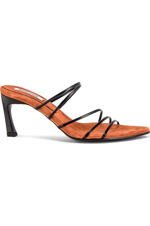 Reike Nen 5 Strings Pointed Sandals in Black. - size 36 (also in 35.5, 36.5, 37, 37.5, 38, 38.5, 39, 39.5, 40)