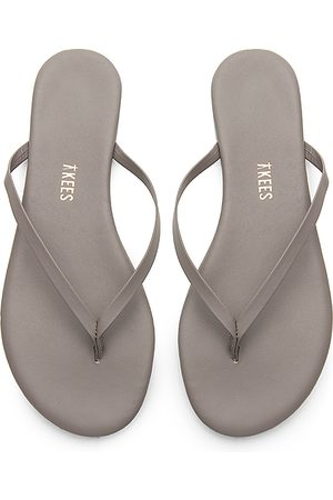 Tkees Solids Flip Flop in Gray. - size 10 (also in 6, 5)