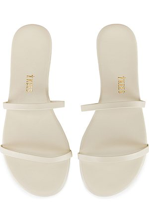 Tkees Gemma Sandal in . - size 7 (also in 8)