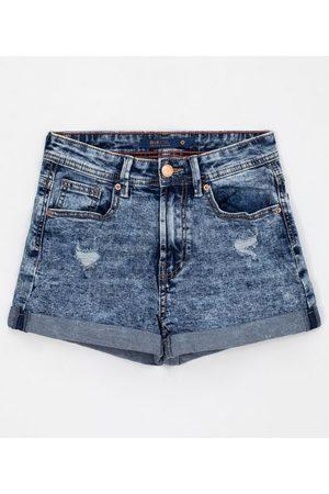 Blue Steel Short Reto Jeans Marmorizado com Puídos e Barra Dobradinha | | | 46