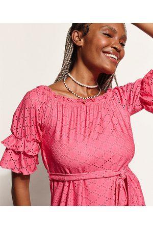 Clockhouse Mulher Vestido Ombro a Ombro - Vestido de Laise Feminino Curto Ombro a Ombro com Faixa para Amarrar e Babado na Manga Pink