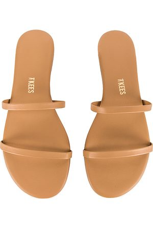 Tkees Gemma Sandal in Tan,Brown. - size 10 (also in 6, 8, 9, 5, 7)