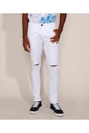 AL Contemporâneo Calça de Sarja Masculina Skinny com Rasgo no Joelho Branca