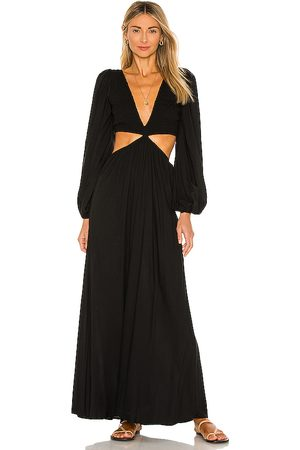 Indah Julie Solid Ruched Bodice Cutaway Maxi Dress in . - size L (also in M, S, XS)