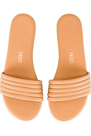 Tkees Serena Sandal in Beige. - size 10 (also in 6, 7)