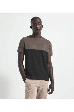 Request Homem Manga Curta - Camiseta com Estampa Never Again | | | P