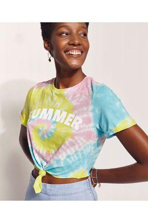 Hype Beachwear Blusa Feminina Cropped Estampada Tie Dye com Nó Manga Curta Decote Redondo Multicor