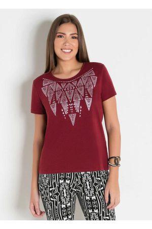 QUEIMA ESTOQUE Mulher Camiseta - T-Shirt com Estampa na Frente Bordô