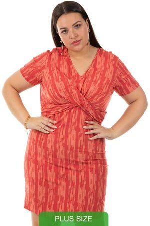 Cativa Plus Size Mulher Vestido Estampado - Vestido Estampado Cativa Mais