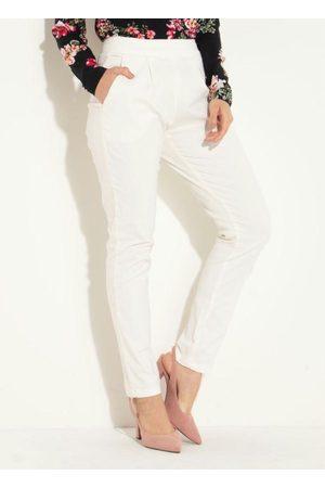 QUINTESS Calça Jeans Off White Skinny com Bolsos