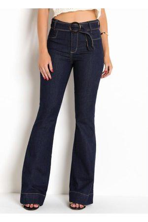 Sawary Jeans Mulher Calça Flare - Calça Sawary Flare Jeans Escuro com Cinto