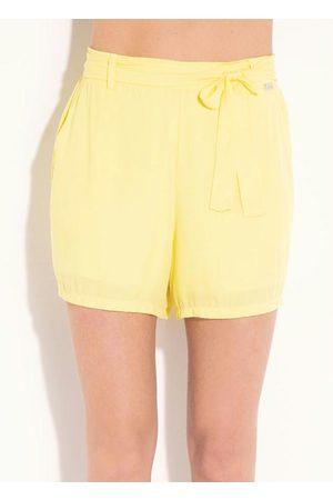 QUINTESS Short Amarelo com Elástico e Faixa
