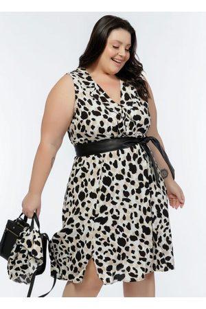 Mink Mulher Vestido Médio - Vestido Plus Size Onça Off White com Gola