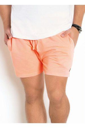 Actual Homem Short - Short Masculino em Moletinho Neon Coral