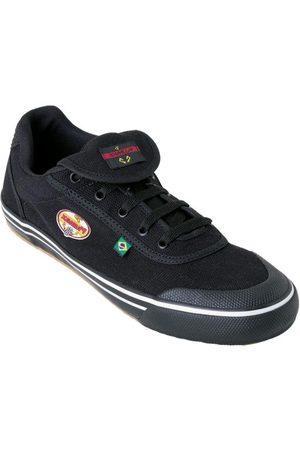 QUEIMA ESTOQUE Homem Sapatos Esporte - Chuteira Preta com Sola de Borracha