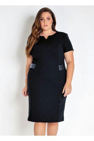 Mink Vestido Plus Size com Detalhe em Sintético