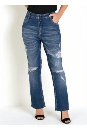 Eventual Calça Jeans Reta com Rasgos e Puídos