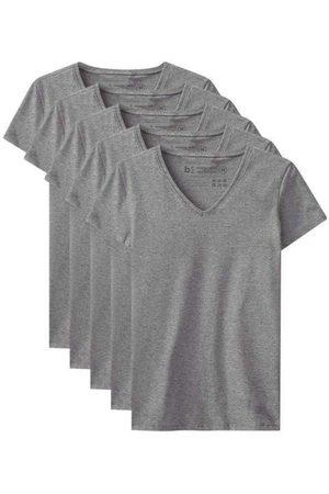 Basicamente Mulher Camiseta - Kit de 5 Camisetas Babylook Básicas Gola V