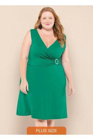 Vinculo Basic Mulher Vestidos - Vestido Plus Size Transpassado Folhagem