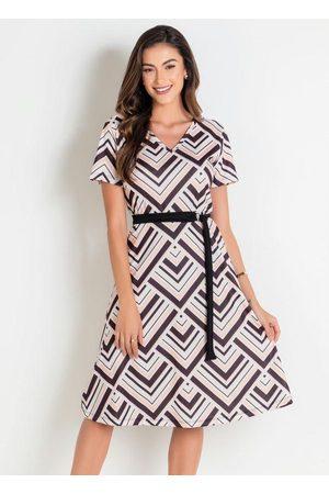 ROSALIE Vestido Geométrico com Faixa Moda Evangélica