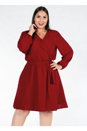 Mink Vestido Plus Size Curto Bordô