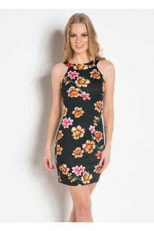 QUEIMA ESTOQUE Vestido Tubinho Floral com Decote Trapézio