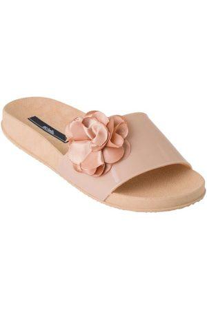 QUEIMA ESTOQUE Chinelo Slide Nude com Flor em Cetim