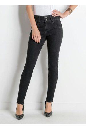 Janine Calça Jeans Skinny Preta com Bolsos