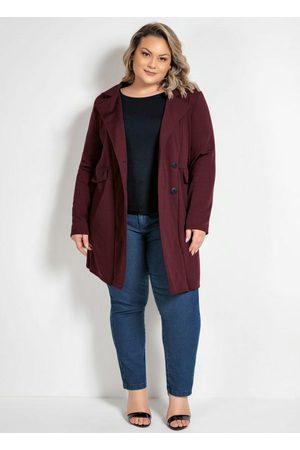 Marguerite Mulher Trench Coat - Sobretudo Bordô Plus Size com Lapela Decorativa
