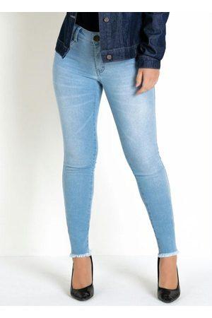 Eventual Calça Jeans Claro Skinny Barra Desfiada