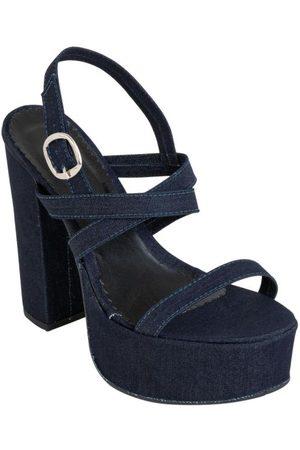 QUEIMA ESTOQUE Mulher Sandálias - Sandália Jeans com Salto Quadrado