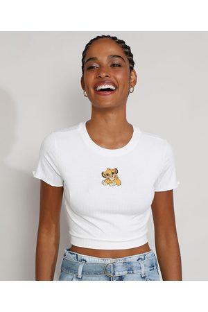 Disney Mulher Camiseta - Camiseta Feminina Manga Curta Cropped Canelada O Rei Leão com Bordado e Frufru Decote Redondo Off White
