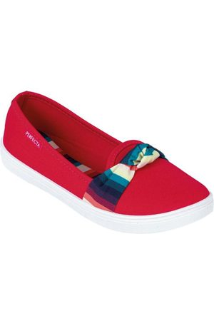 adidas Sapatilha Vermelha em Tecido com Sola Flexível