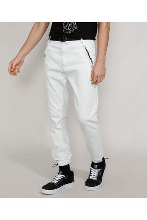Clockhouse Calça Jeans Masculina Jogger Slim com Cinto e Bolso de Zíper Claro